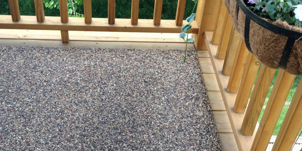 Pebble Paving vs. Stain: Why Pebble Paving Is The Right Choice For Your Deck